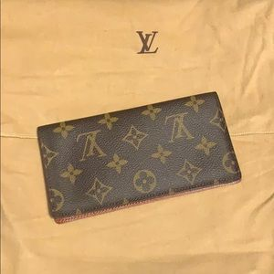 Authentic Louis Vuitton Checkbook Cover Wallet